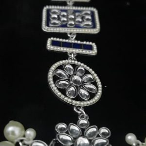 পার্ল সেটিং লং চাঁদ ঝুমকা-নীল